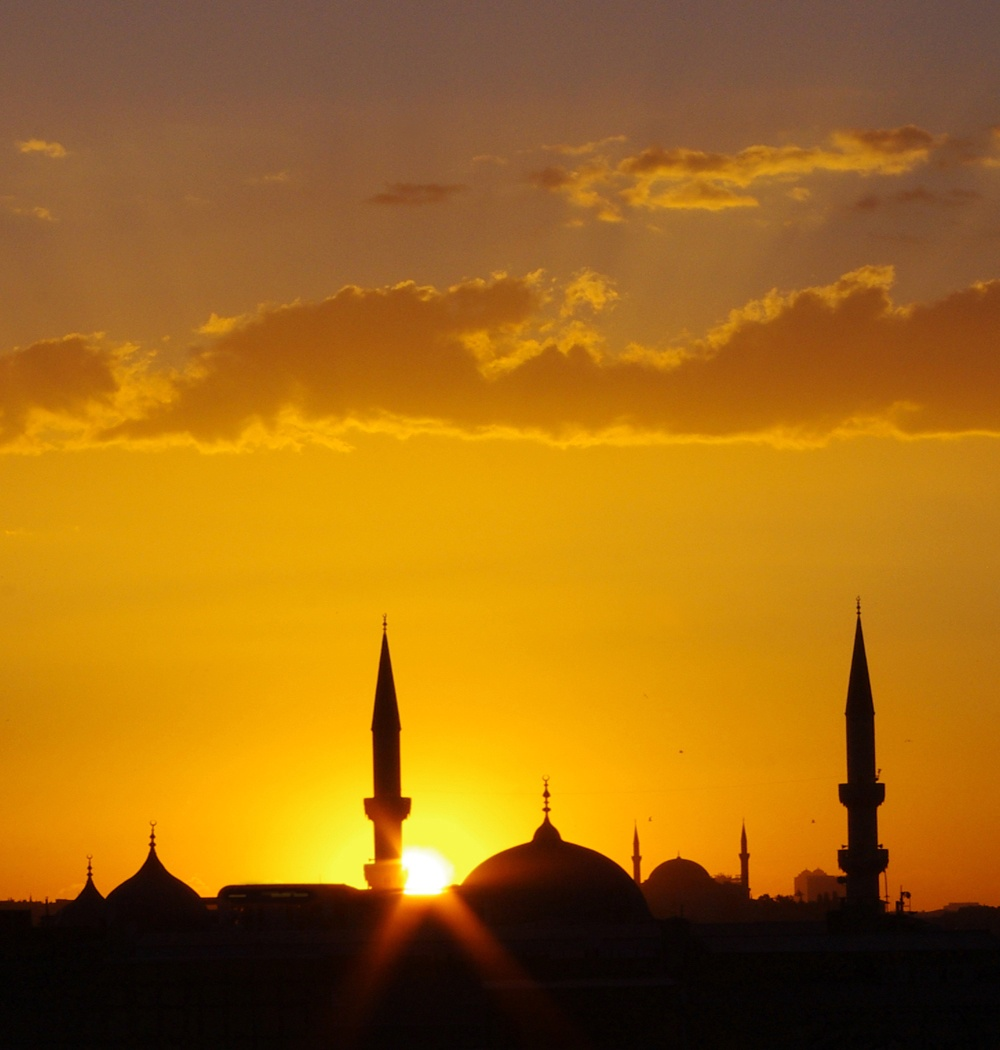 ISTANBUL-SUNSET-by-Veronica-Hill