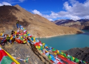 RAISING-PRAYER-FLAGS-IN-THE-HIMALAYAS-by-Veronica-Hill