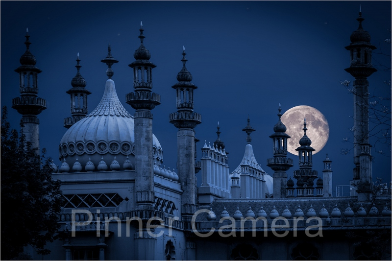 BRIGHTON-MOON-by-Stan-Hill