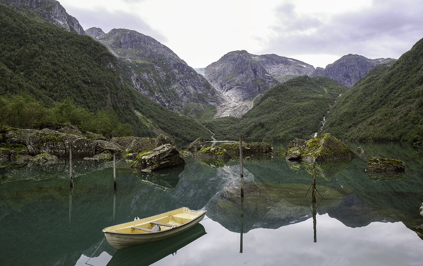 Lake-Loen-Norway